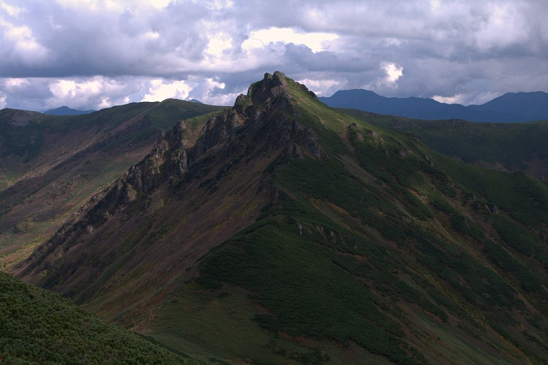 03アンギラス山頂手前から.jpg