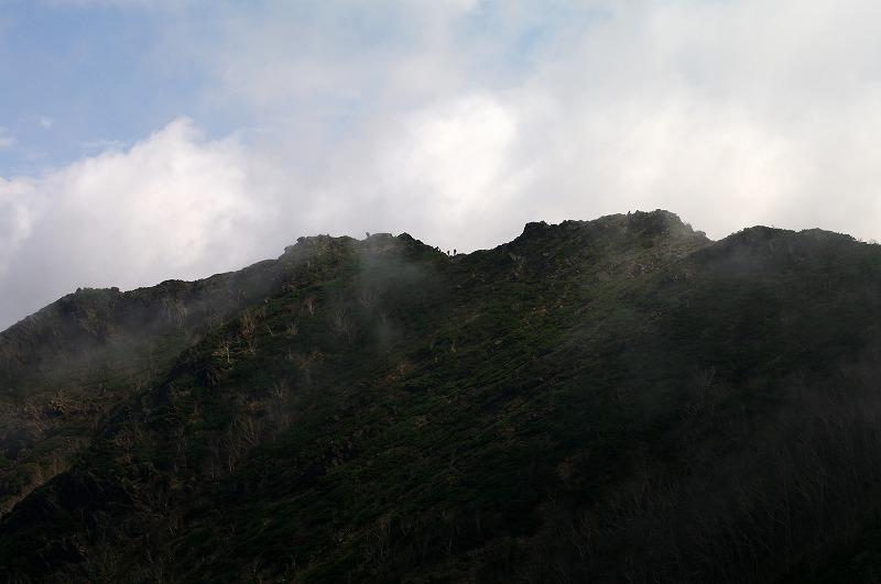 11スカイラインの登山者.jpg