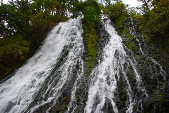オシンコシンの滝.jpg